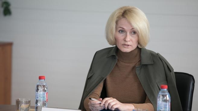 Виктория Абрамченко на совещании по развитию лесопромышленного комплекса в ходе рабочей поездки в Архангельскую область