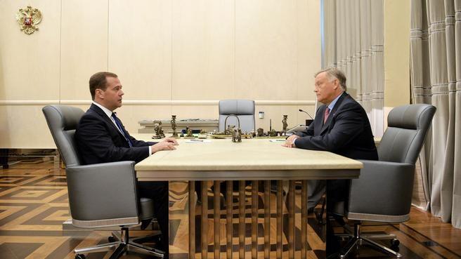 Рабочая встреча с руководителем ОАО «Российские железные дороги» Владимиром Якуниным
