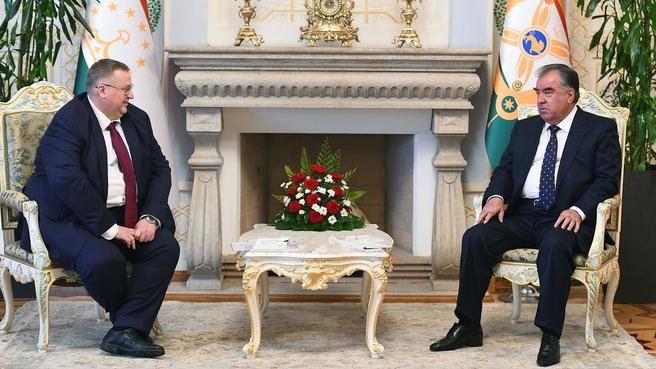 Russian Deputy Prime Minister Alexei Overchuk with President of Tajikistan Emomali Rahmon (photo: press service of the President of Tajikistan)