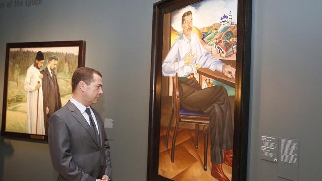 Осмотр экспозиции выставки «Некто 1917» в Третьяковской галерее
