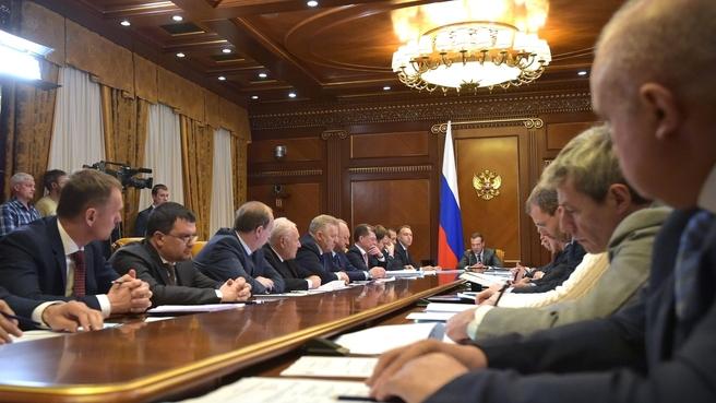 Совещание о предварительных результатах работы по созданию территорий опережающего социально-экономического развития на Дальнем Востоке в 2015–2017 годах