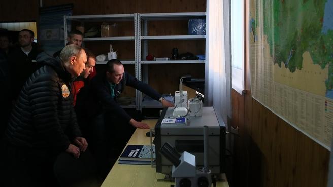 Посещение полевой базы «Омега» национального парка «Русская Арктика» на острове Земля Александры архипелага Земля Франца-Иосифа