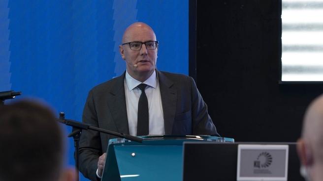Дмитрий Чернышенко в Координационном центре при Правительстве дал старт образовательному курсу для руководителей цифровой трансформации субъектов