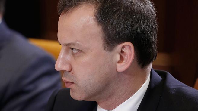 Аркадий Дворкович  на совещании с вице-премьерами