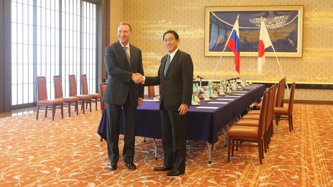 Рабочий визит Игоря Шувалова в Японию. С Министром иностранных дел Японии Фумио Кисидой