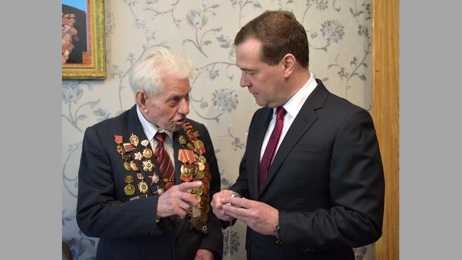C ветераном Великой Отечественной войны Ильёй Тимофеевичем Красносельцевым