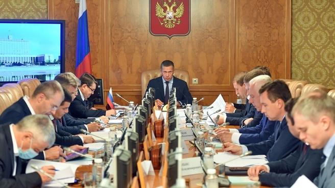 Юрий Трутнев провёл заседание Государственной комиссии по вопросам развития Арктики