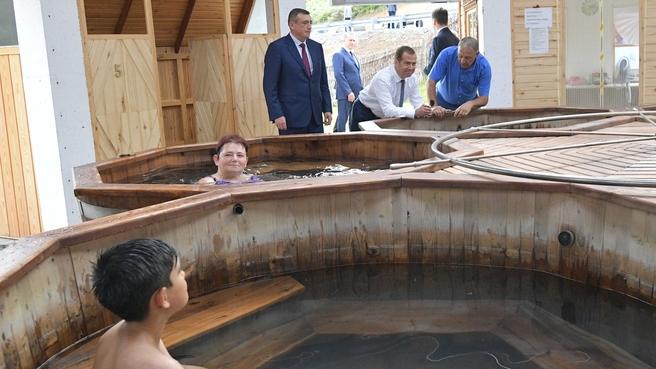 Посещение водно-оздоровительного термального комплекса «Жаркие воды» на острове Итуруп