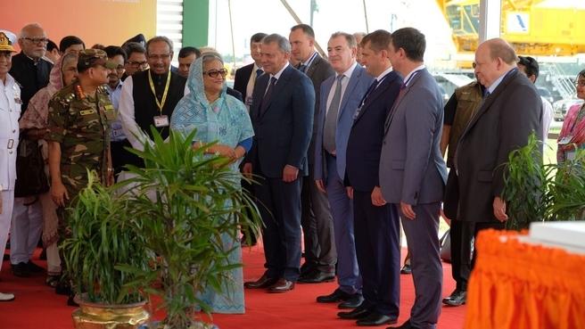 Церемония заливки первого бетона в фундамент второго блока АЭС «Руппур» в Бангладеш