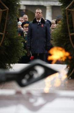 На церемонии возложения венка к Могиле Неизвестного Солдата в Александровском саду