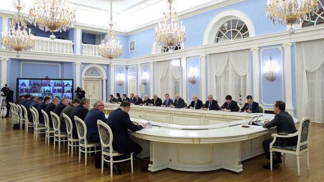Селекторное совещание об итогах подготовки предприятий жилищно-коммунального хозяйства и субъектов электроэнергетики к работе в зимний период 2015–2016 года