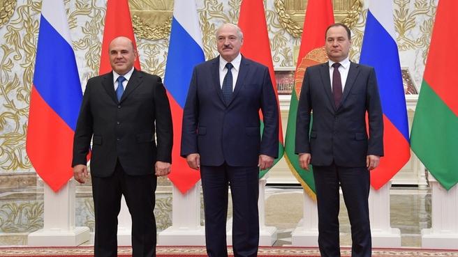 С Президентом Республики Беларусь Александром Лукашенко и Премьер-министром Республики Беларусь Романом Головченко