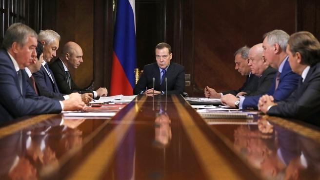 Совещание о финансово-экономическом состоянии госкорпорации «Роскосмос» и её подведомственных организаций