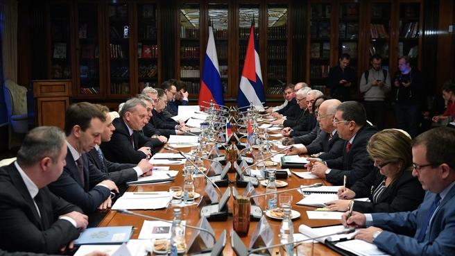 Встреча Юрия Борисова с заместителем Председателя Совета министров Республики Куба Рикардо Кабрисасом
