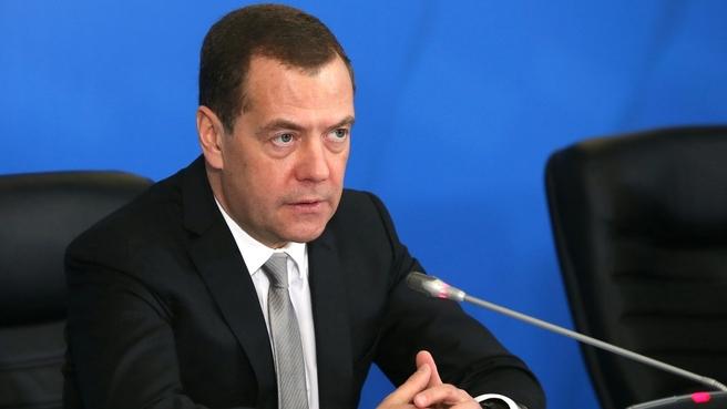 Вступительное слово Дмитрия Медведева на совещании о работе по снижению производственного травматизма