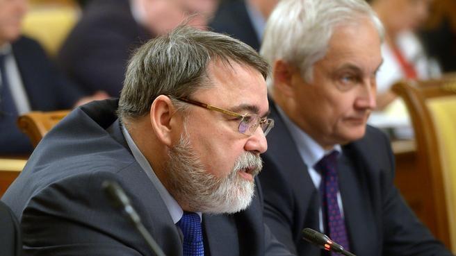 Руководитель Федеральной антимонопольной службы Игорь Артемьев и помощник Президента Андрей Белоусов