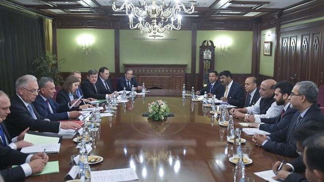 Встреча Юрия Борисова с Министром обороны Индии Раджнатхом Сингхом