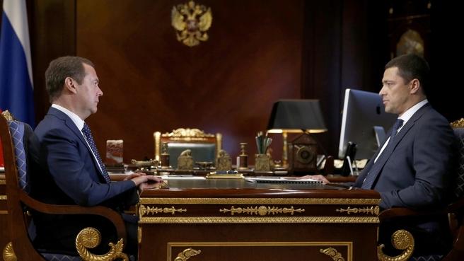 Встреча Дмитрия Медведева с временно исполняющим обязанности губернатора Псковской области Михаилом Ведерниковым