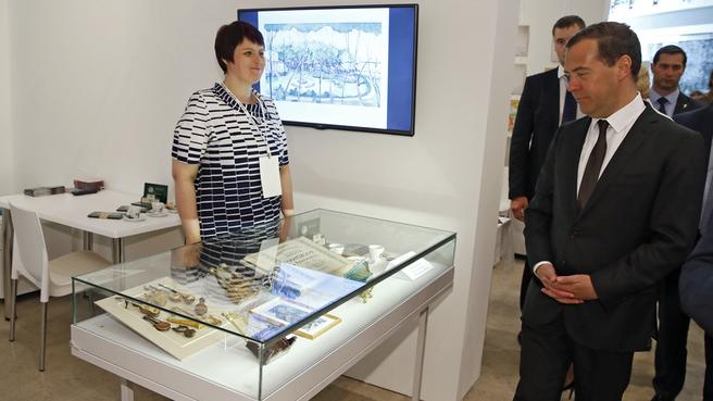 Осмотр экспозиции «Музыкальный квартал» выставки «Интермузей-2015»