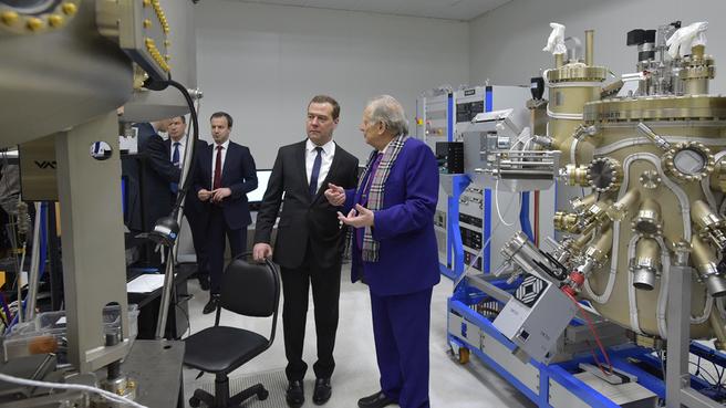 В лаборатории наноэлектроники Санкт-Петербургского академического университета