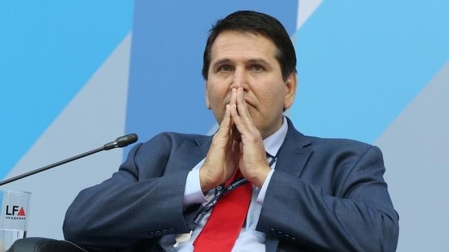 Выступление президента Американской ассоциации международного частного права (2013-2016 гг), профессора Гейдельбергского центра Латинской Америки (Парагвай) Хосе Морено Родригеза на пленарном заседании форума