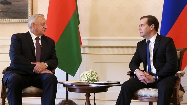 Беседа с Премьер-министром Республики Беларусь Михаилом Мясниковичем