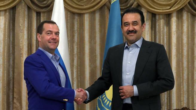 С Премьер-министром Казахстана Каримом Масимовым