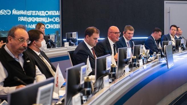 Дмитрий Чернышенко в Координационном центре Правительства России на заседании наблюдательного совета АНО «Цифровая экономика»