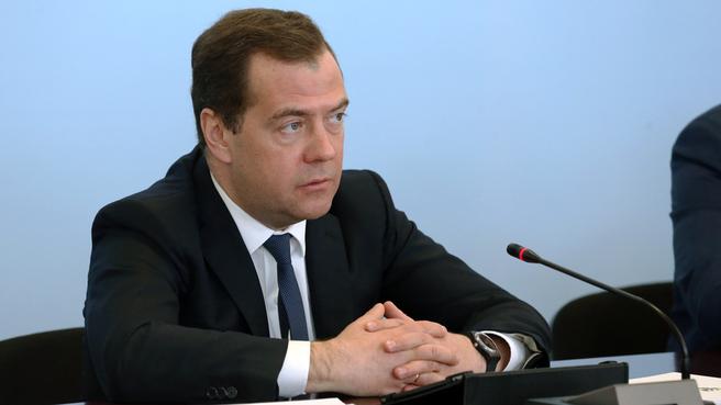 Дмитрий Медведев на совещании о мерах поддержки пассажирских авиаперевозок
