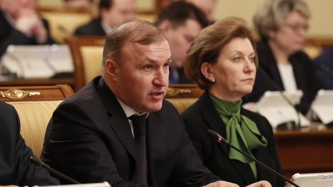 Глава Республики Адыгея Мурат Кумпилов на заседании Правительства
