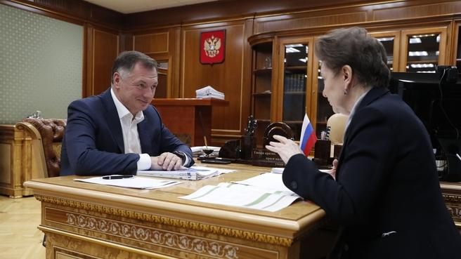 Марат Хуснуллин провёл рабочую встречу с губернатором Ханты-Мансийского автономного округа Натальей Комаровой