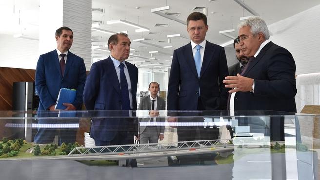 Александр Новак посетил АО «Мосгаз»