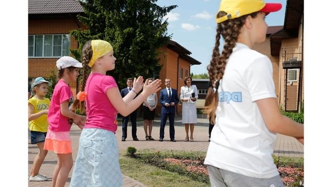 Посещение детского оздоровительного лагеря «Искра»