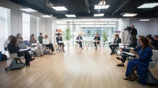 Виктория Абрамченко на  встрече с представителями креативных индустрий