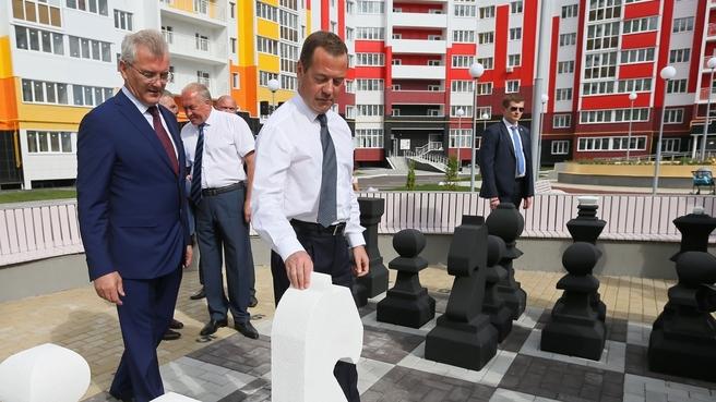 Осмотр жилого микрорайона «Город Спутник»