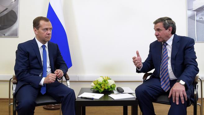 Беседа с губернатором Новосибирской области Владимиром Городецким
