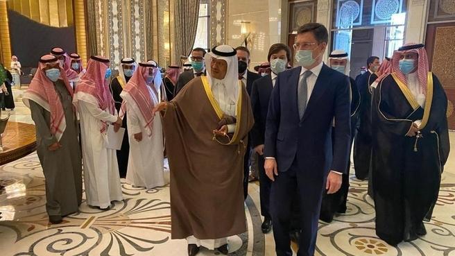 Рабочий визит Александра Новака в Королевство Саудовская Аравия