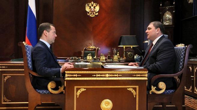 Рабочая встреча с губернатором Орловской области Вадимом Потомским