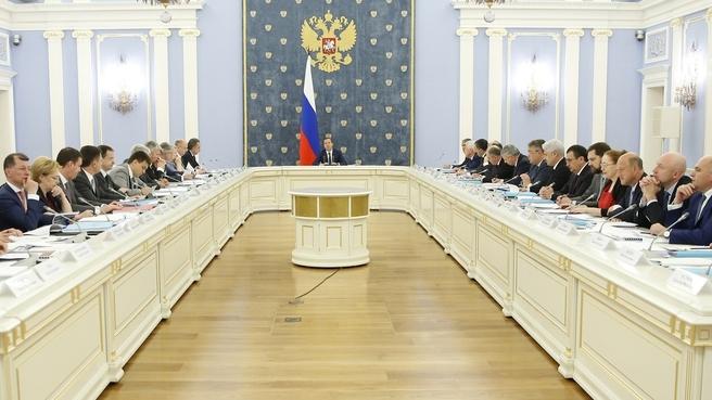 Заседание Правительственной комиссии по вопросам социально-экономического развития Северо-Кавказского округа