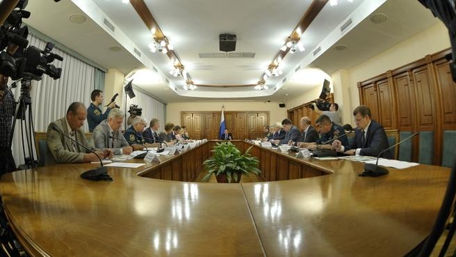 Совещание о ситуации, сложившейся в субъектах Российской Федерации, подвергшихся воздействию аномально высоких температур в 2012 году
