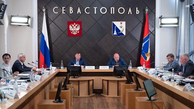 Марат Хуснуллин на совещании в Правительстве Севастополя