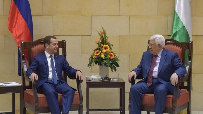 Российско-палестинские переговоры. Дмитрий Медведев и Президент Государства Палестина Махмуд Аббас