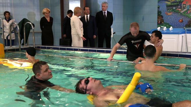 Посещение Научно-практического центра медико-социальной реабилитации инвалидов имени Л.И.Швецовой