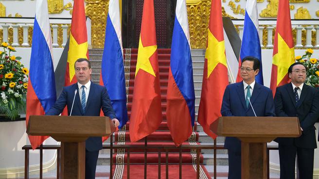 Заявления Нгуен Тан Зунга и Дмитрия Медведева для прессы