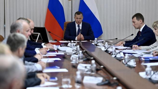 Юрий Трутнев на совещании по социально-экономическому развитию Хабаровского края, перспективах лесопромышленного комплекса