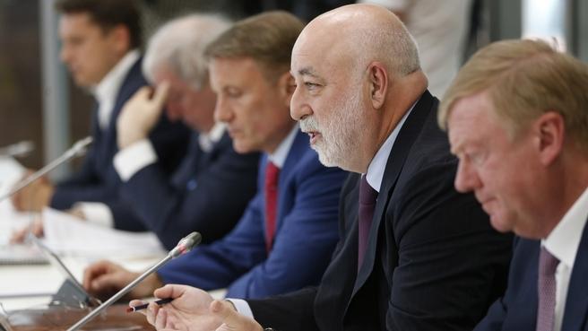 Встреча с членами Совета фонда «Сколково». Доклад президента фонда «Сколково» Виктора Вексельберга