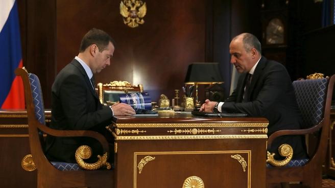 Дмитрий Медведев встретился с главой Карачаево-Черкесской Республики Рашидом Темрезовым