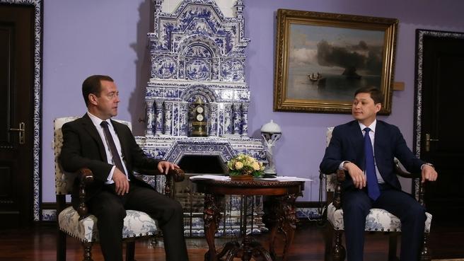 Беседа Дмитрия Медведева с Премьер-министром Киргизии Сапаром Исаковым