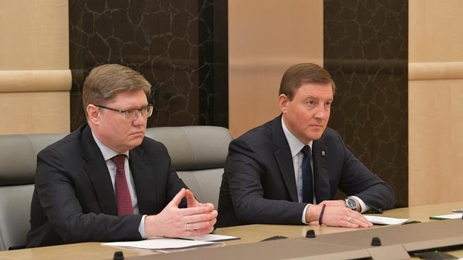 Член Высшего совета партии «Единая Россия» Андрей Исаев и секретарь Генсовета партии Андрей Турчак