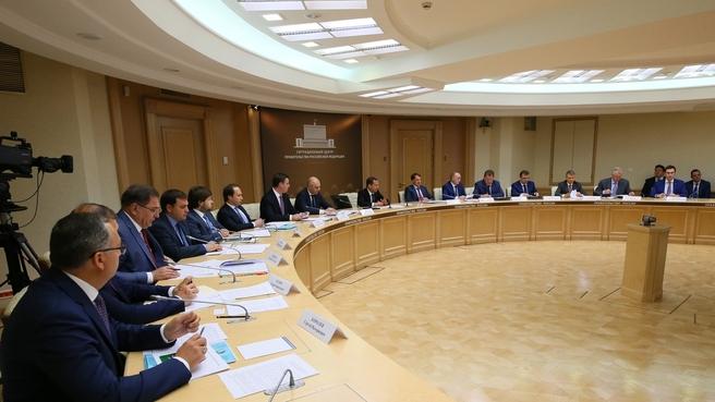 Селекторное совещание о задачах по обеспечению проведения в 2018 году сельскохозяйственных уборочных работ